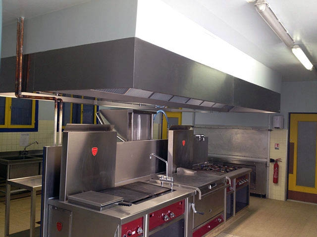 Installation hotte cuisine professionnelle for Extraction cuisine professionnelle