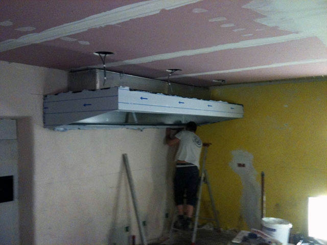 Installation hotte cuisine les derni res for Installation hotte murale